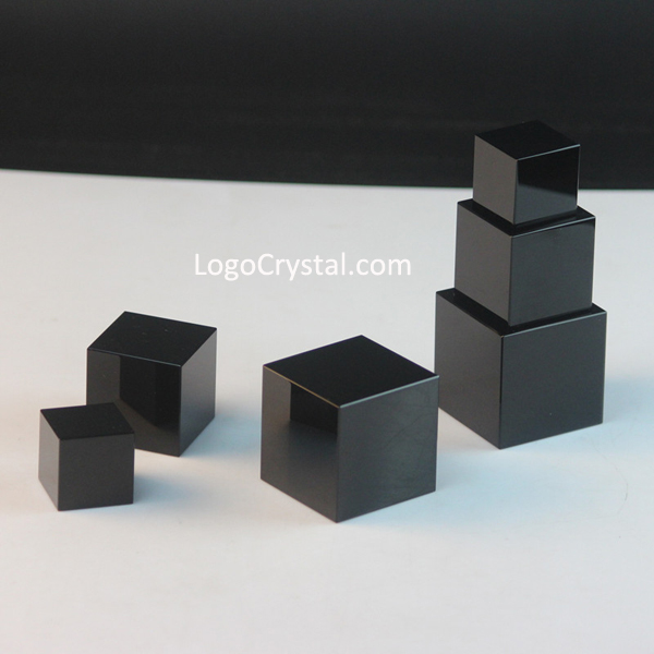 Cubetti in cristallo nero, cubetti in cristallo nero K9, cubi in cristallo ottico nero